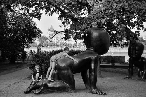 children statue bw