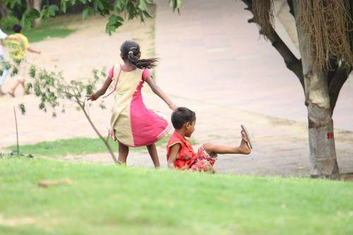 children play poor