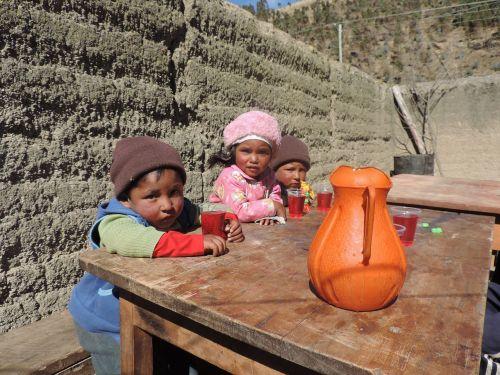 children bolivia party