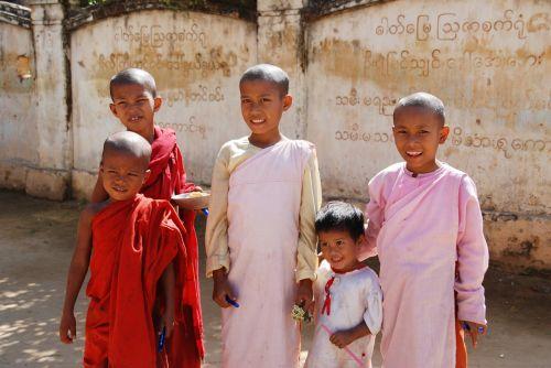 children burma students