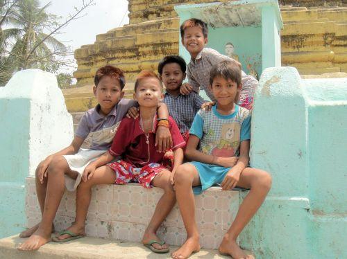 vaikai,berniukai,Draugystė,mianmaras,burma,jaunimas