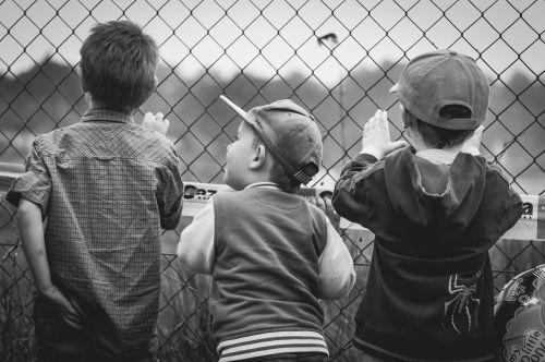 children boys fencing