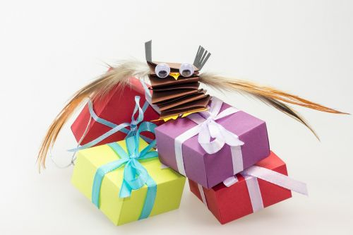 children's birthday gifts packages