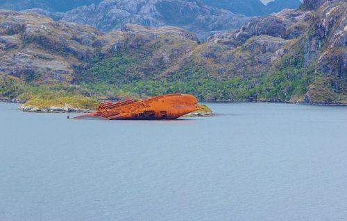 chile shipwreck patagonia