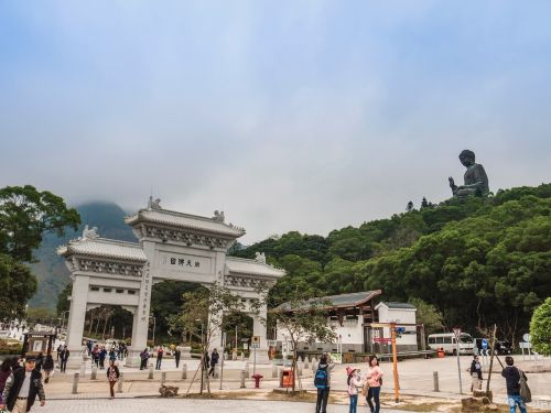 china arch tourist