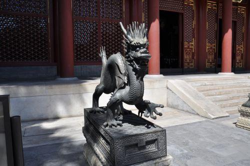 china temple dragons