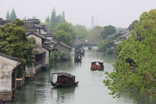 chinese homes chinese waterway chinese buildings