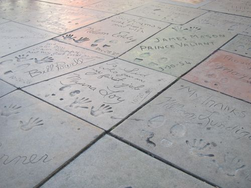 chinese theatre footprints celebrity