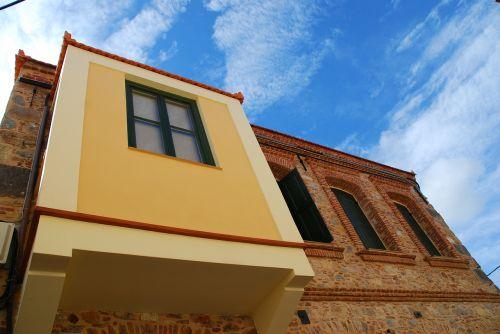 chios facade sky