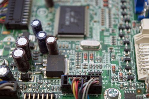 chip printed circuit board capacitors