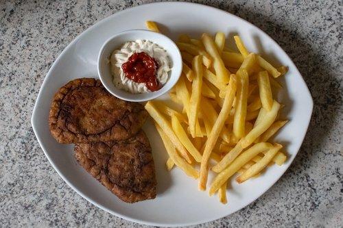 chips  turkey  ketchup
