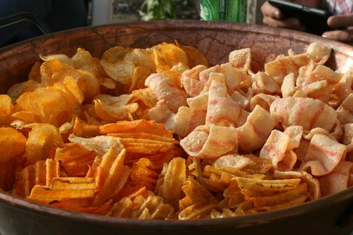 chips  snack  eat