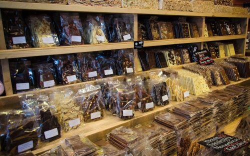 chocolate shop dessert