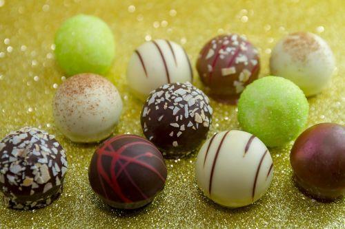 chocolate chocolates nibble