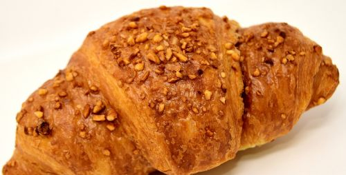 chocolate croissant puff pastry delicious