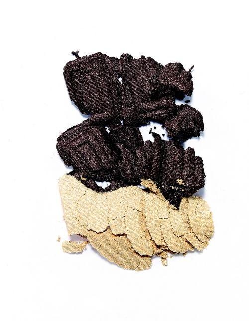 chocolate plus biscuit beautiful