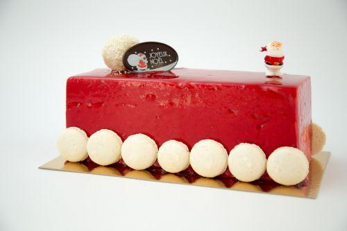 chocolate yule log ice raspberry