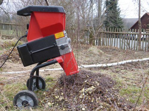 chop bio-waste garbage