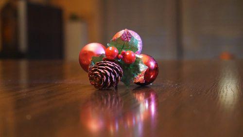 christmas decoration red balls