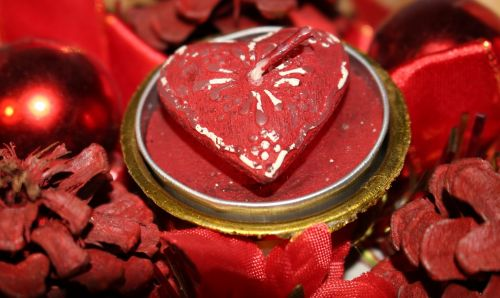 christmas heart trappings
