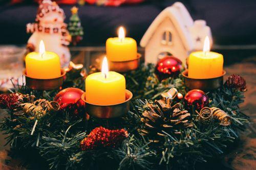 christmas garland celebrate