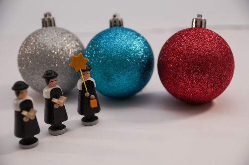 christmas carolers singer