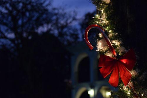 christmas,lights,party,ornaments,lighting,night,mono,red,guatemala