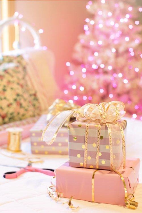 christmas  pink  presents