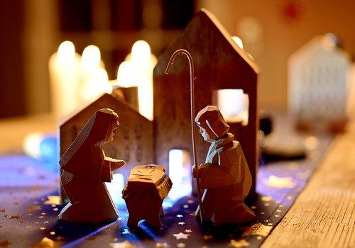 christmas  holy family  nativity scene