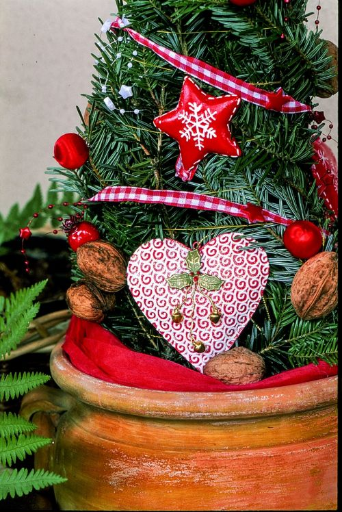 christmas decoration heart red