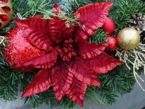 Christmas Flower With Baubles