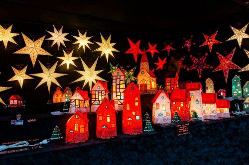 christmas market lights star