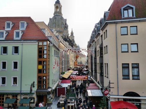 christmas market frauenkirche dresden
