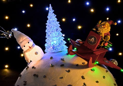 christmas scene santa santa claus