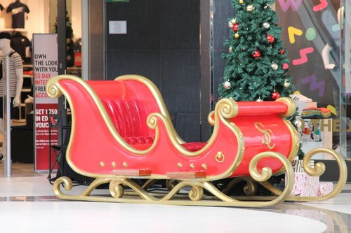 christmas sleigh  christmas  december
