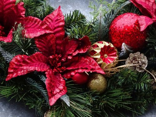 Christmas Tree Flower And Baubles