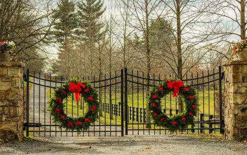 christmas wreath holiday decorations evergreen wreath