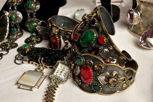 chunky jewellery precious stones