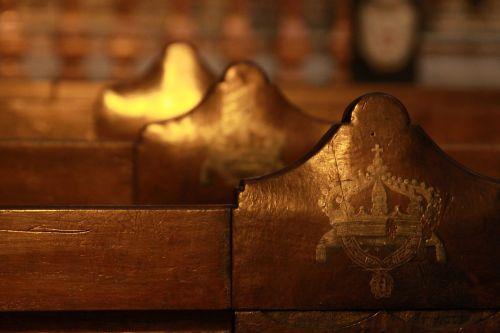 church desks banco