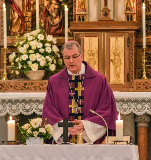 church faith pray cross