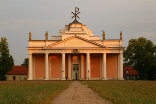 church ludwigslust-parchim evening light