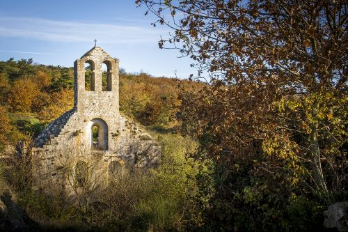 church ruin benedictine