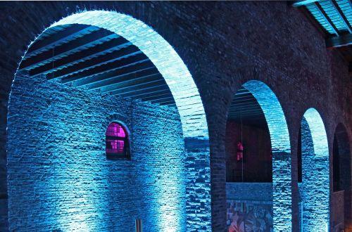 church vault columnar