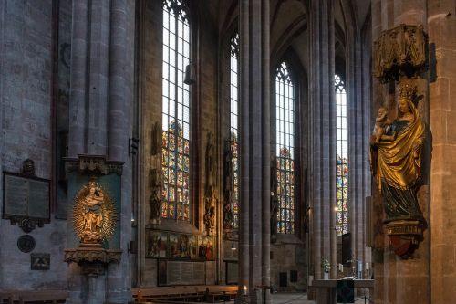 church kathedrahle imposing