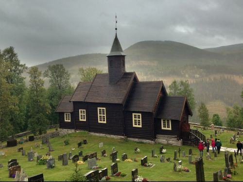 church bergdorf cemetery
