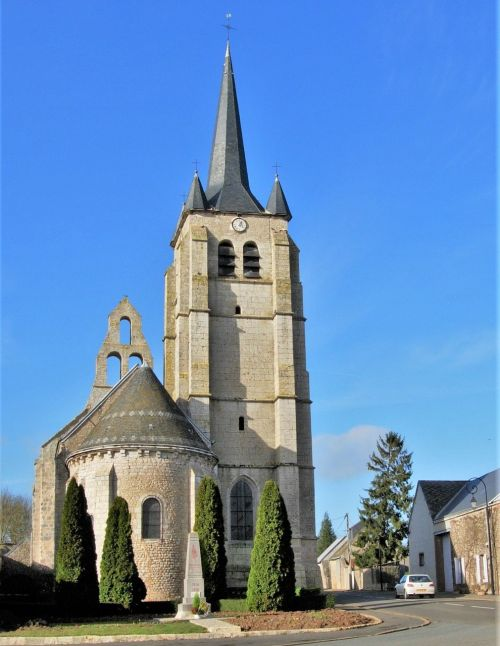 church,steeples,wall-bell tower,church-tower,spire,cormainville beauce,village