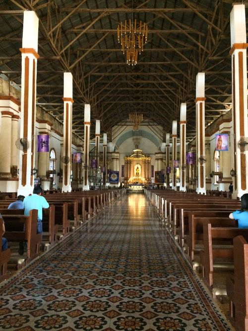 church kneel pray