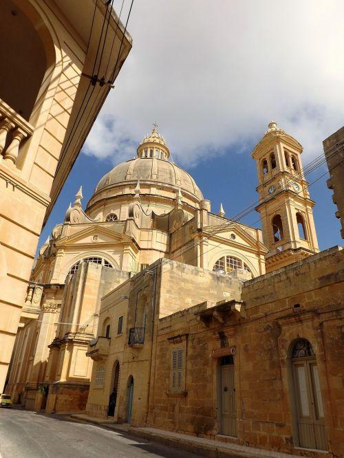 church square malta