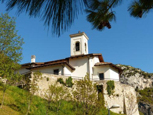 church steeple pregasina