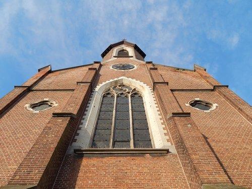church  spire  architecture